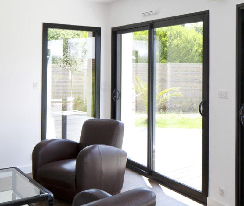 fenetre alu renovation beautiful porte fenetre coulissante pvc avec volet roulant montage. Black Bedroom Furniture Sets. Home Design Ideas